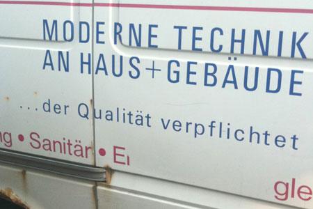 """Fahrzeugbeschriftung """"Der Qualität verpflichtet"""""""