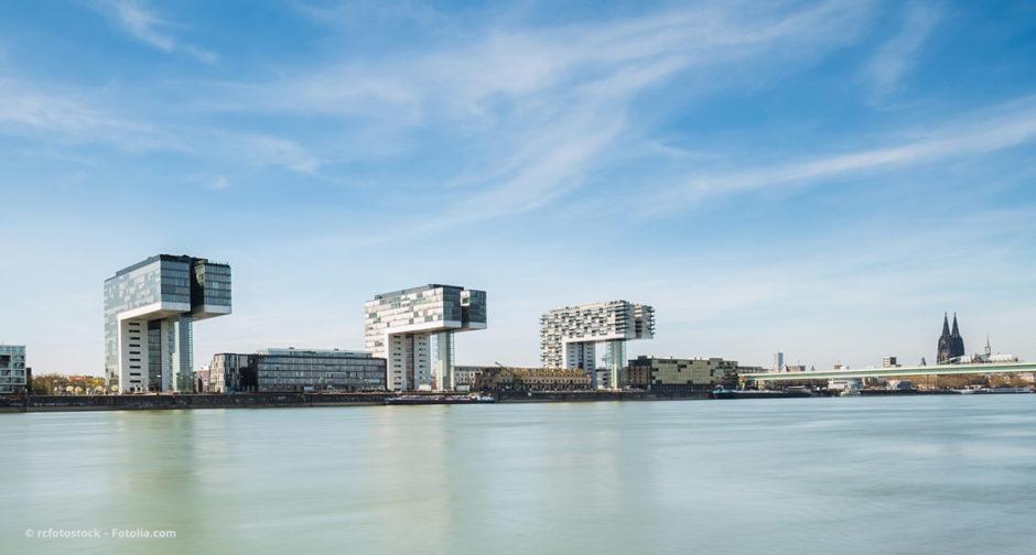 Rheinauhafen Köln mit den Kranhäusern